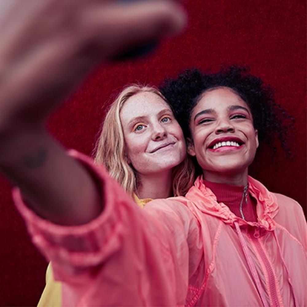 twee meiden selfie